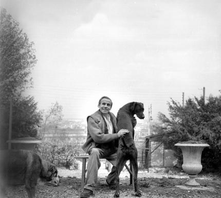 Louis-Ferdinand CŽline with his dogs, Meudon, France, circa 1955